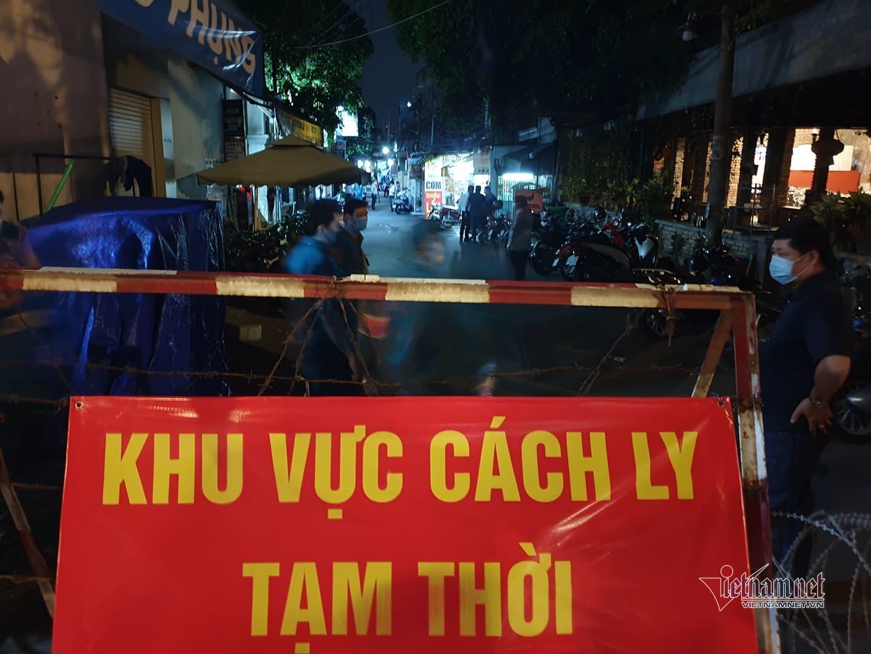 TP.HCM tiếp tục phong tỏa con hẻm ở Gò Vấp vì ca nghi nhiễm Covid-19