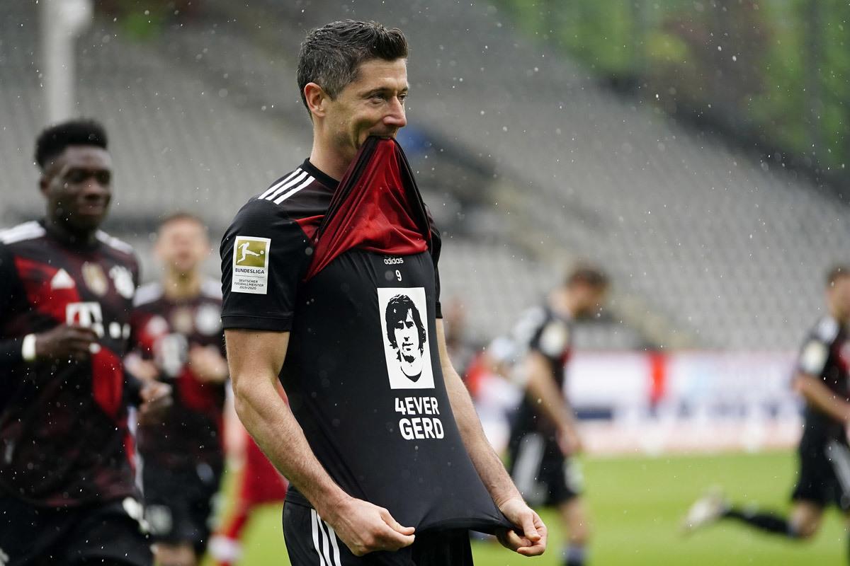 MU tranh Lewandowski với PSG