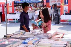 Hội sách trực tuyến đưa hơn 40.000 cuốn sách tới tay bạn đọc