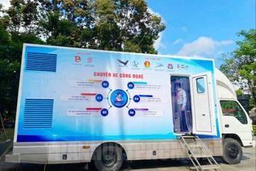 TPHCM ra mắt 'Chuyến xe công nghệ', mang khoa học đến học sinh, thanh niên