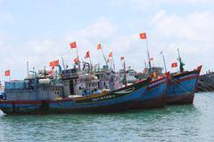Quê hương hải đội Hoàng Sa rợp bóng cờ hoa trước ngày hội lớn