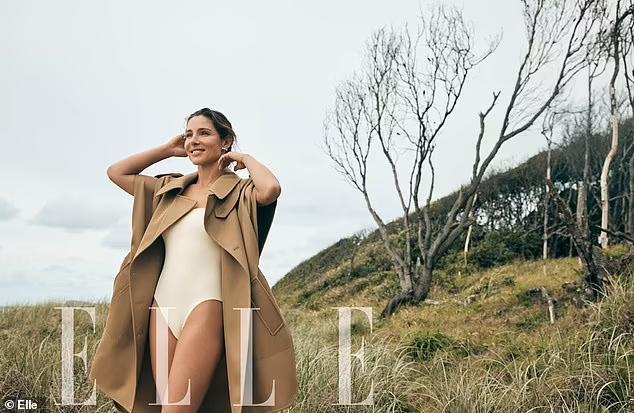 Vợ hơn 7 tuổi của Chris Hemsworth bán nude trên bìa tạp chí