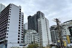 Bỏ gần 200 tỷ xây khách sạn, chết dí 2 năm bán lỗ 100 tỷ vẫn ế