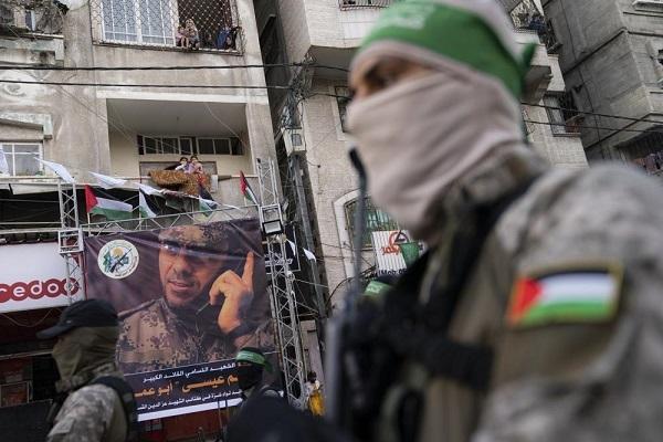 Hamas rầm rộ diễu hành, thủ lĩnh cao cấp bất ngờ xuất hiện