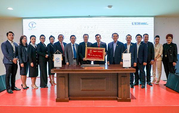 C.T Group hợp tác toàn diện với ĐH Kinh tế TP.HCM