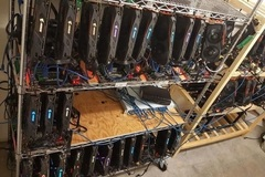 Thợ đào đậm lãi khi Bitcoin lao dốc