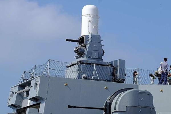Sức mạnh tàu sân bay Anh điều đến Biển Đông