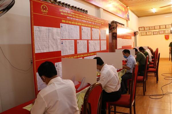 Bầu cử ở Thái Nguyên: Phấn khởi, trang trọng, đúng luật, an toàn