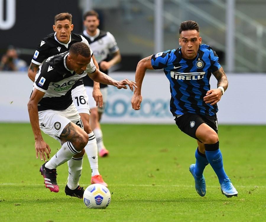 Cựu sao MU đua nhau lập công, Inter đăng quang hoành tráng