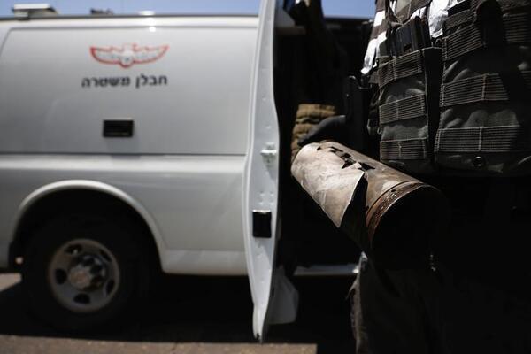 Hamas biến ống kim loại thành tên lửa