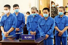 5 gã đàn ông tổ chức cho bệnh nhân dương tính Covid-19 nhập cảnh trái phép