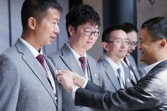 Jack Ma từ chức hiệu trưởng tại ngôi trường do mình sáng lập