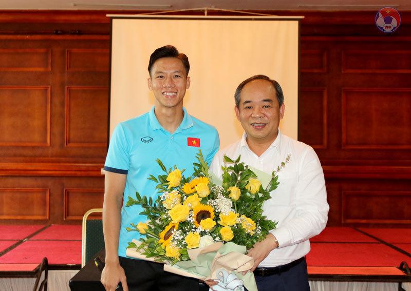 Công Phượng lập cú đúp, tuyển Việt Nam thắng U22