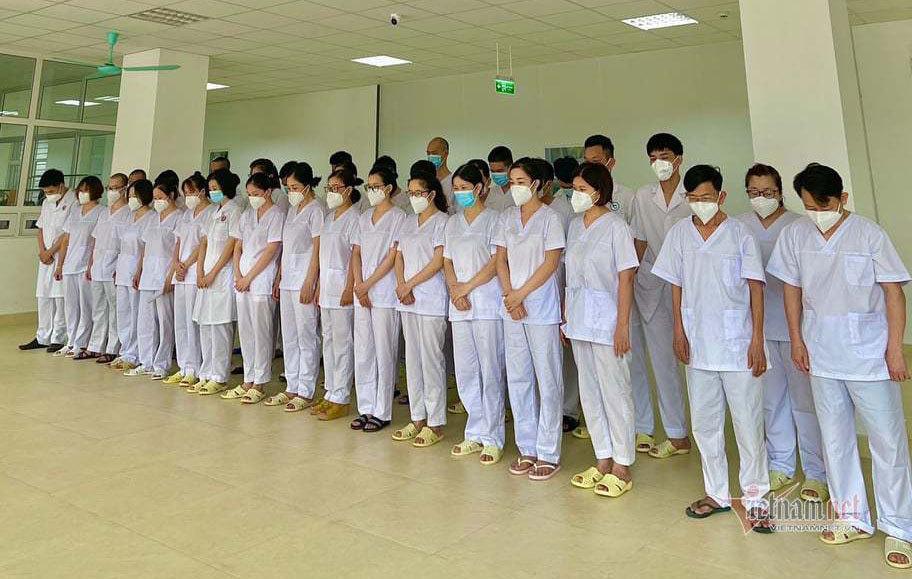 Bức ảnh bệnh viện dã chiến ở tâm dịch Bắc Giang lay động nhiều trái tim