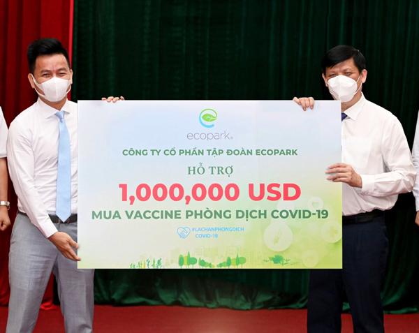 Ecopark trao 1 triệu USD ủng hộ Quỹ vaccine phòng Covid-19