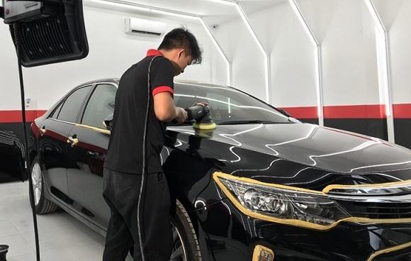 Ô tô mới giá 1 tỷ có nên phủ ceramic gần 20 triệu đồng?