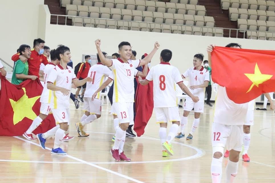 HLV Phạm Minh Giang: 'Không bất ngờ với vé World Cup'