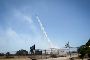 Hệ thống Vòm Sắt bắn nhầm máy bay Israel khi giao tranh với Hamas