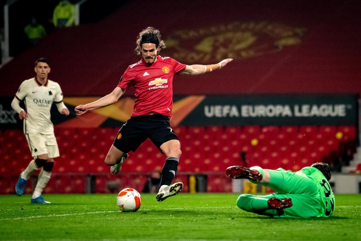 Chung kết MU vs Villarreal: Đại pháo Cavani