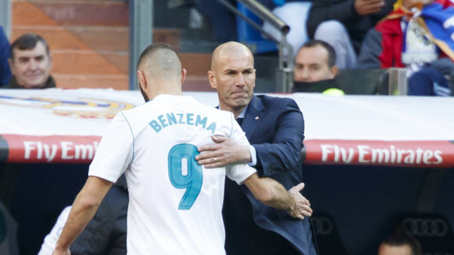 MU cách Varane 5 triệu euro, Chelsea đề nghị khủng Haaland