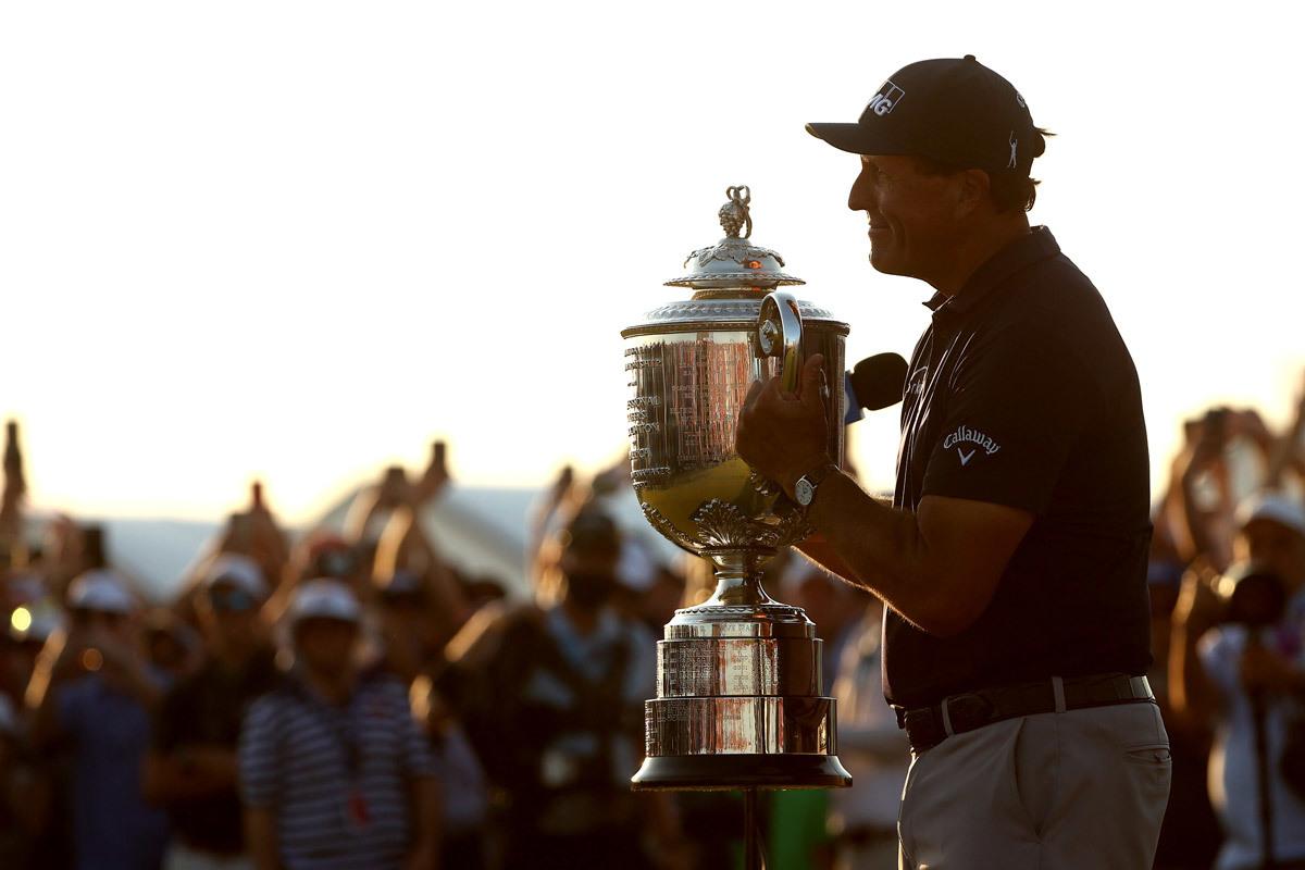 Phil Mickelson: Người truyền cảm hứng cho Tiger Woods