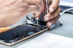 Vì sao Apple muốn tự sửa chữa iPhone?