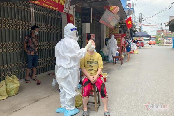 Việt Nam công bố 135 ca Covid-19 mới, TP.HCM thêm 70 bệnh nhân