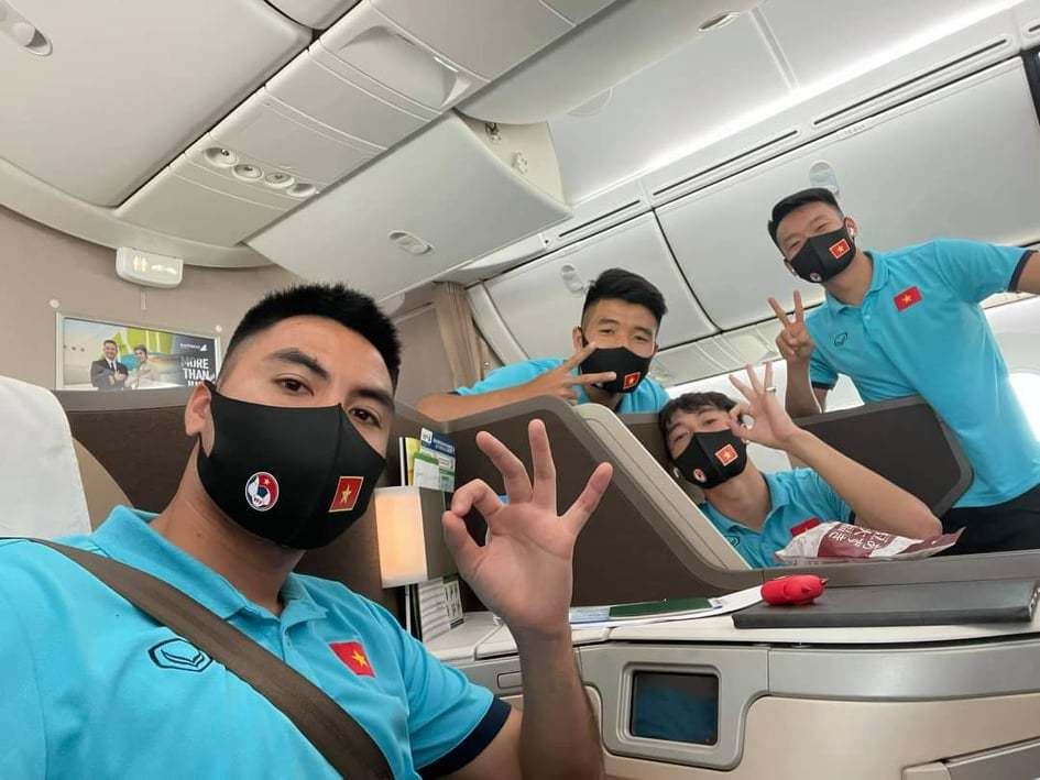 Tuyển Việt Nam lên đường sang UAE, quyết làm nên chuyện