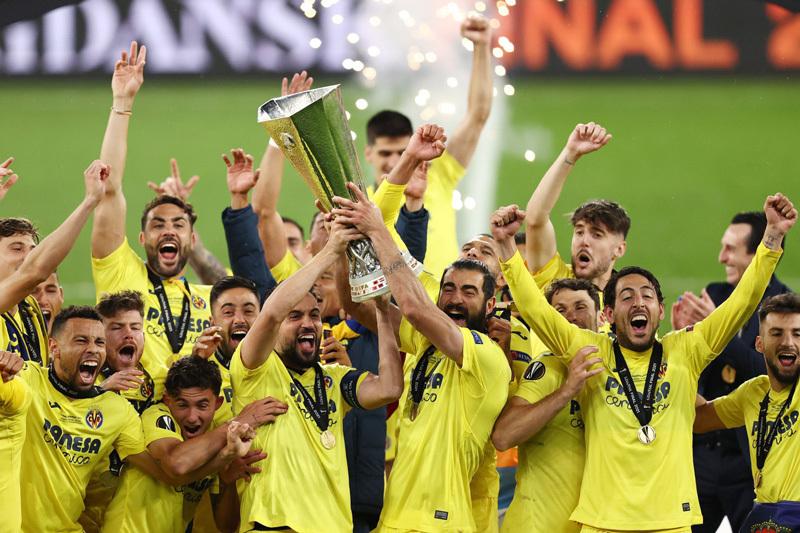 Hạ MU trên chấm 11m, Villarreal vô địch Europa League
