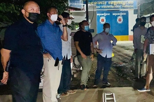 Covid-19 lan mạnh trong tù ở Campuchia, hàng trăm ca tại Đài Loan 'mất tích'