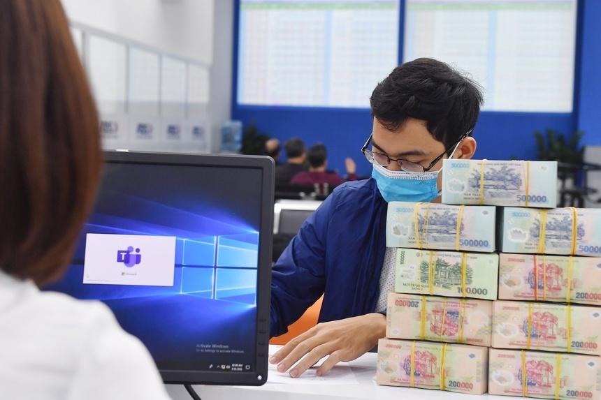Đầu tư gì với 14 tỷ đồng để thu lãi cao nhất trong 6 tháng qua?