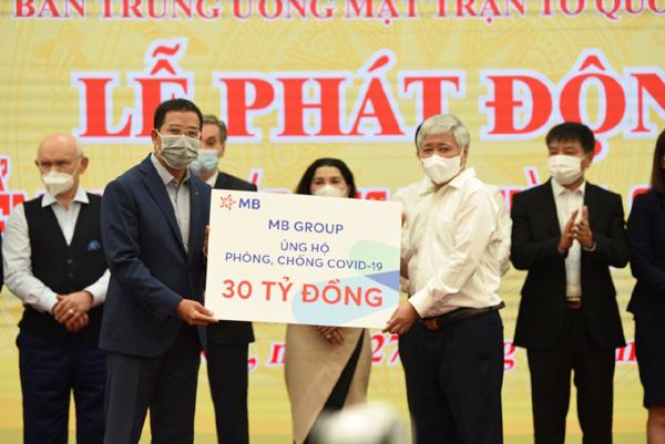 MB Group ủng hộ 30 tỷ đồng cho Quỹ vắc-xin phòng Covid-19