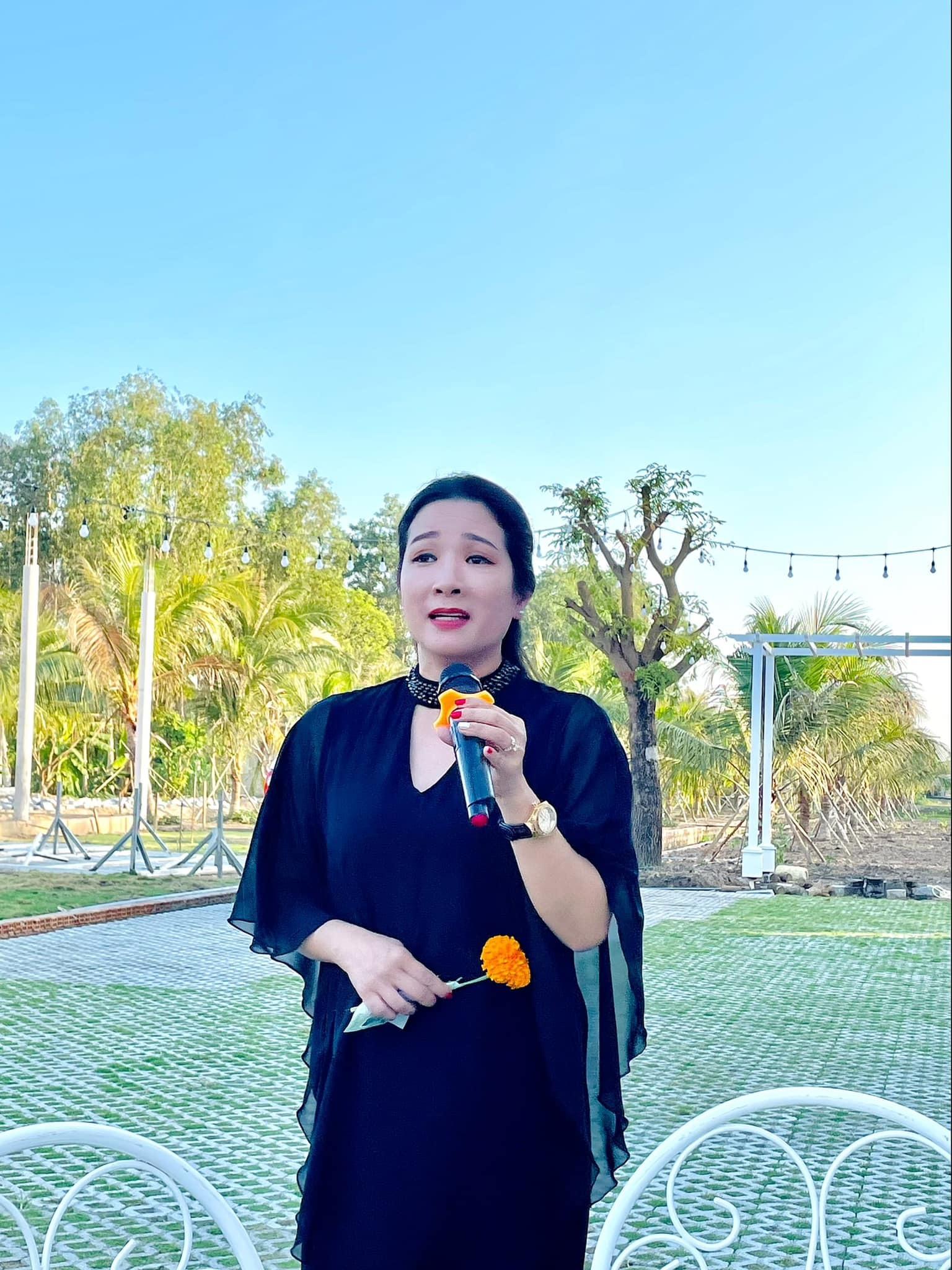 Thanh Thanh Hiền tuổi 52: Làm mẹ đơn thân, sống an yên bên con gái
