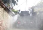 Dàn xe đặc chủng và 120 chiến sĩ hóa học khử trùng khắp ngõ xóm Bắc Ninh