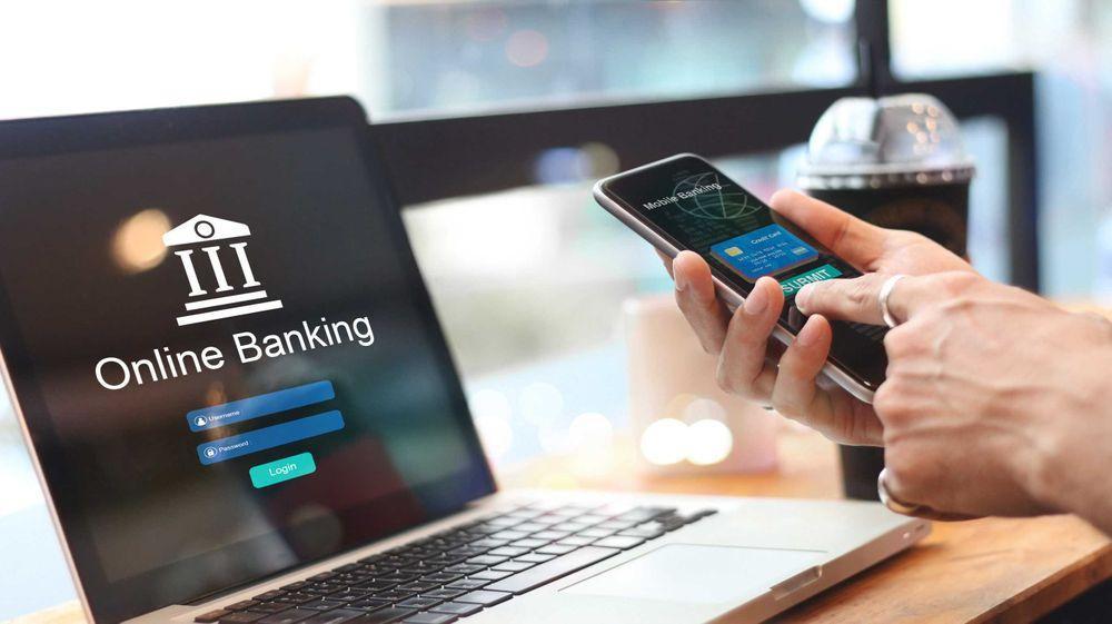 70% người trưởng thành ở Việt Nam dùng dịch vụ ngân hàng