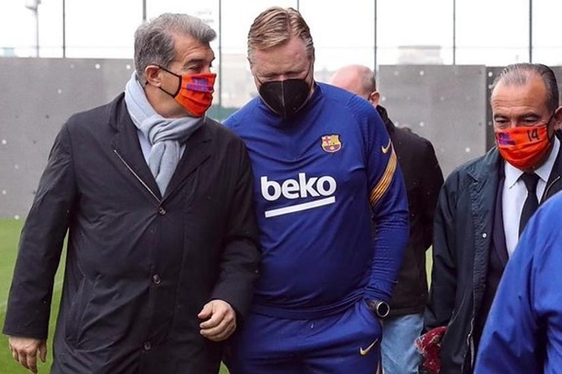 HLV Koeman nhập viện vì lo lắng công việc ở Barca