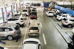 Hyundai Kinh Dương Vương tặng vàng cho khách mua xe