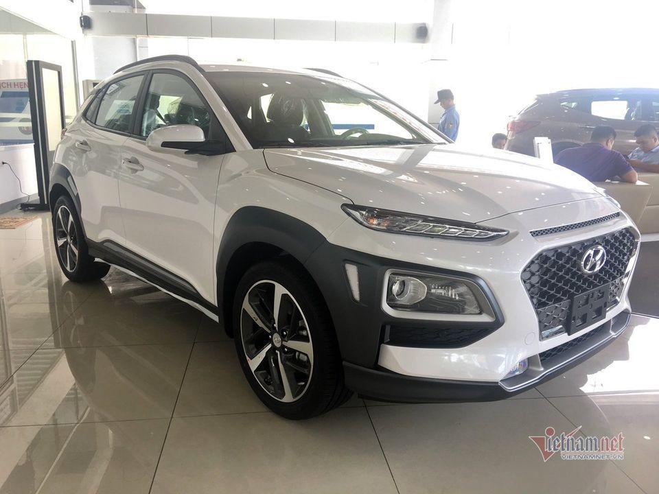 Áp lực cạnh tranh với các đối thủ, Hyundai Kona bất ngờ hạ giá sâu