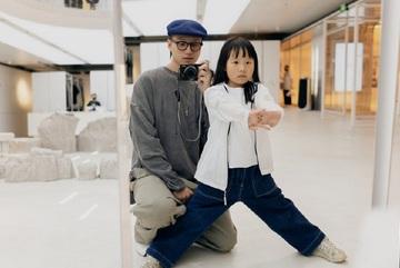 Nhiếp ảnh gia 7 tuổi chinh phục ngôi sao nổi tiếng Trung Quốc