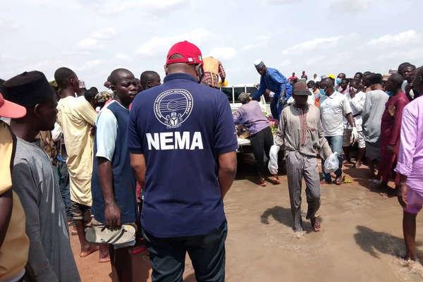 Lật thuyền ở Nigeria, hơn 50 người thiệt mạng