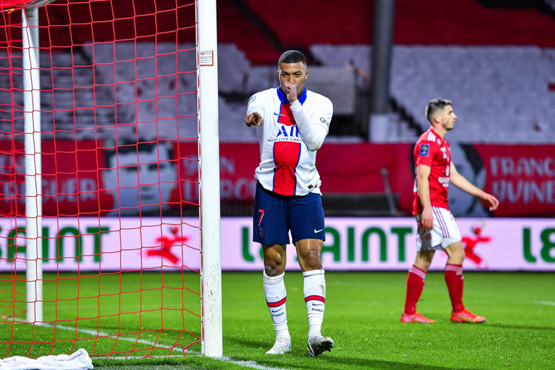 Mbappe dừng ký mới PSG vì hai điều kiện này