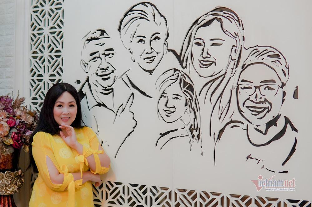 Lê Tuấn Anh: Tình yêu của bà xã Hồng Vân đã cảm hóa tôi!