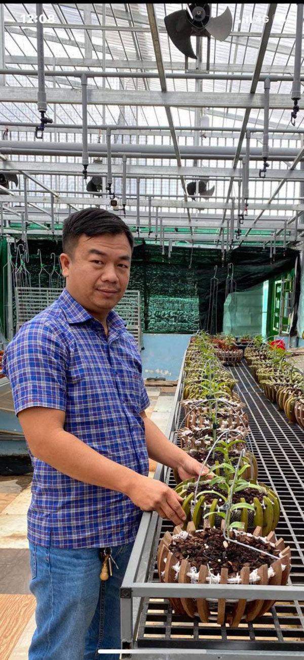 Vườn lan 1.500 chậu của ông chủ 'chịu chơi' Buôn Ma Thuột