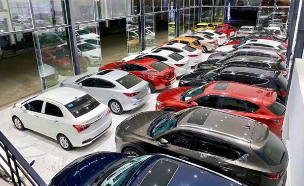 Nhà giàu phá sản, cả loạt ô tô phải cho 'đi ở', bán rẻ trả nợ