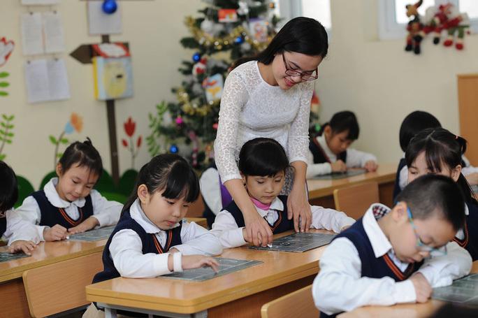 Hai chính sách quan trọng với nhà giáo 'nóng' nhất tuần qua