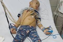 Gia cảnh khốn khó của cháu bé bị ung thư máu từ lúc 2 tuổi
