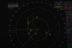 """Lầu Năm Góc xác nhận đoạn phim UFO """"bâu' quanh tàu chiến Mỹ"""