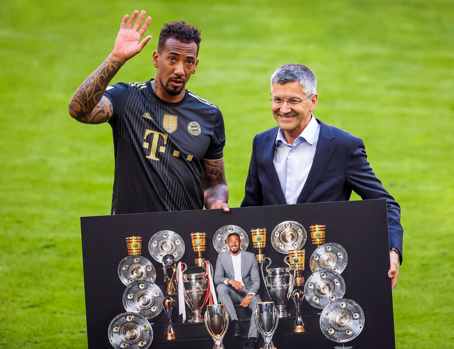 MU muốn ký Boateng, Man City tậu Lukaku