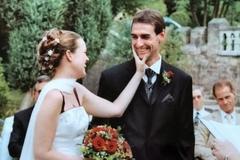 Cô gái yêu và cưới người tình cờ gặp trên tàu 22 năm trước