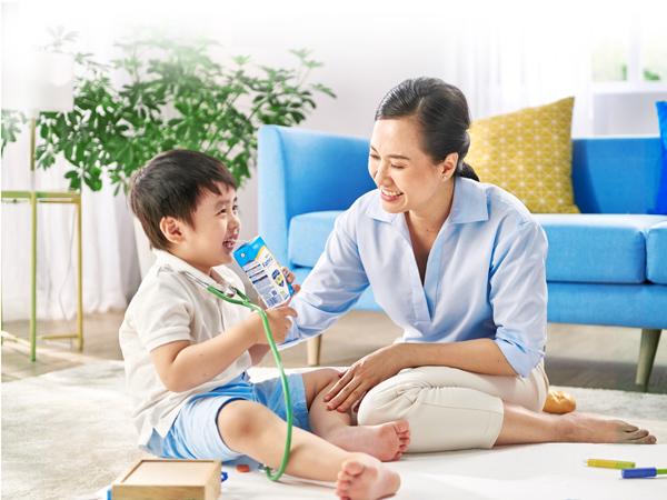 Famna - sữa đặc chế cho trẻ Việt với công thức dinh dưỡng Thụy Điển